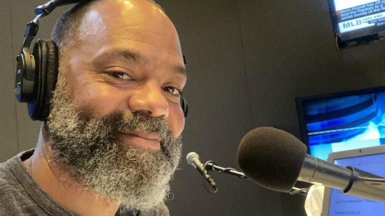 Migrante africano conductor CBC Toronto