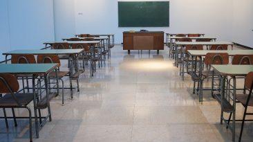 Piden a Toronto cerrar escuelas como en Peel