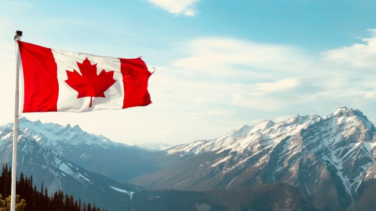 Canadá entrada turistas agosto