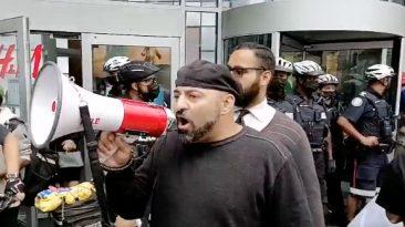 Policía Toronto protesta antivacunas